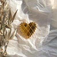 Брошь Валентинка зеркальная золотая кружевная