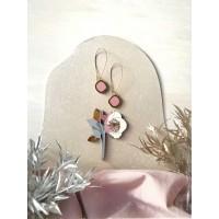 Набор: брошь Морозник и сережки Озера серо-розовый