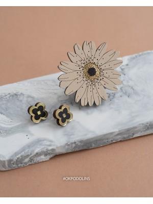 Набор брошь Ромашка и сережки Клеверы из коллекции Clover Classic