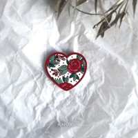 Брошь-валентинка Сердце в цветочки