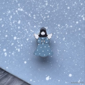 Миниброшь Ангелочек маленький в голубом