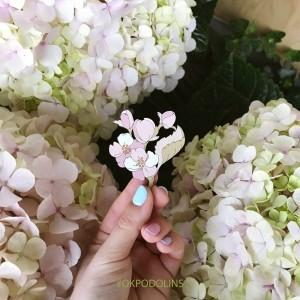 Брошь Цветок яблони