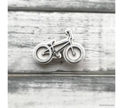 Брошь Велосипед спортивный в серебристом цвете