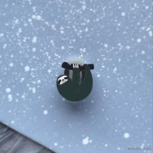 Миниброшь Ленивец маленький темно-зеленый