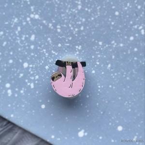Миниброшь Ленивец маленький розовый