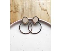 Серьги Орбита в серебряном цвете и нежно-бежевом