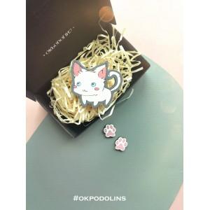 Набор: брошь Кот покемон и сережки Лапки