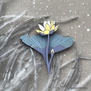 Брошь Лилия в нежно фиолетово-желтом цвете