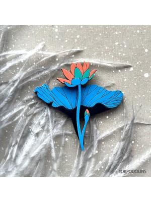 Брошь Лилия в ярко-синем цвете