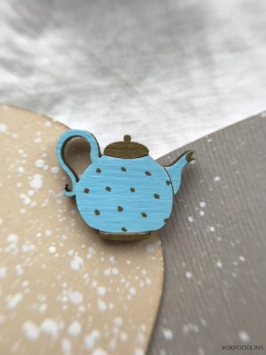 Брошь Чайник голубого цвета