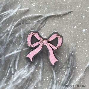 Брошь Бантик в розовом цвете