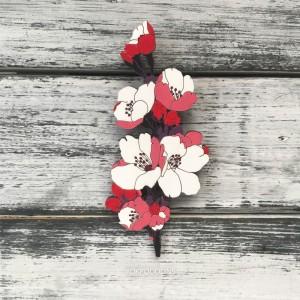 Брошь Цветок вишни